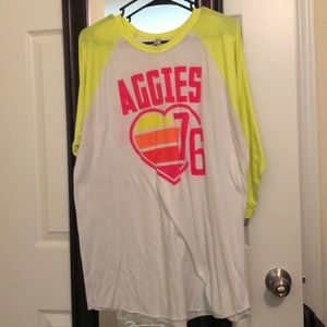 Baseball tee with yellow sleeves